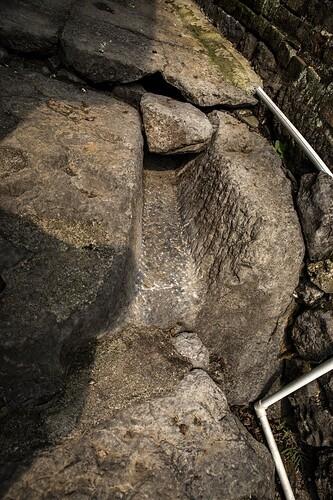石排水沟照